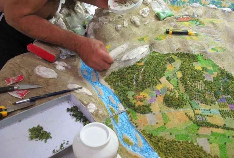 La maquette autour du pont d'Aiguines