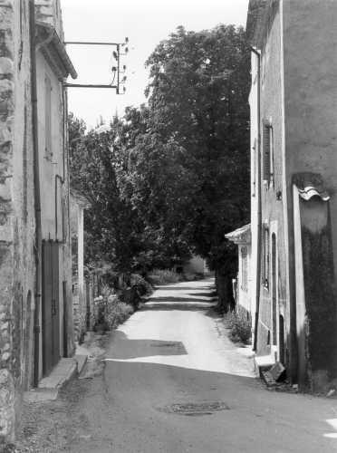 Les Salles, sortie route de Bauduen