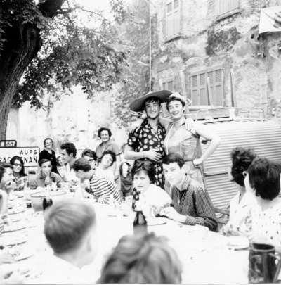 Fête de la Sainte-Anne 1962, aïoli monstre sur la place