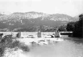 Aiguines' bridge