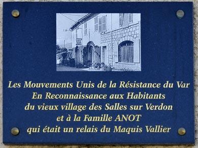 Plaque commémorative sur l'Auberge des Salles