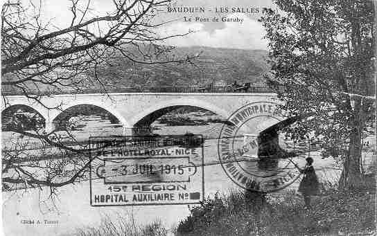 La carte postale du pont de Garuby envoyée par Sara à Léon