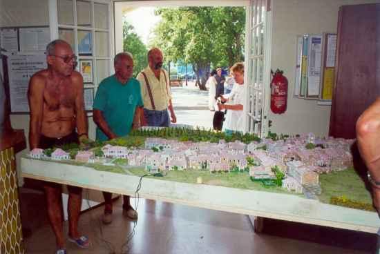 La maquette de l'ancien village des Salles
