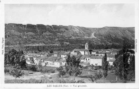 Le village des Salles vu de Coste-Belle